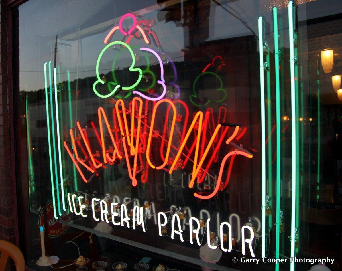 Klavon's Ice Cream Parlour, Penn Avenue.