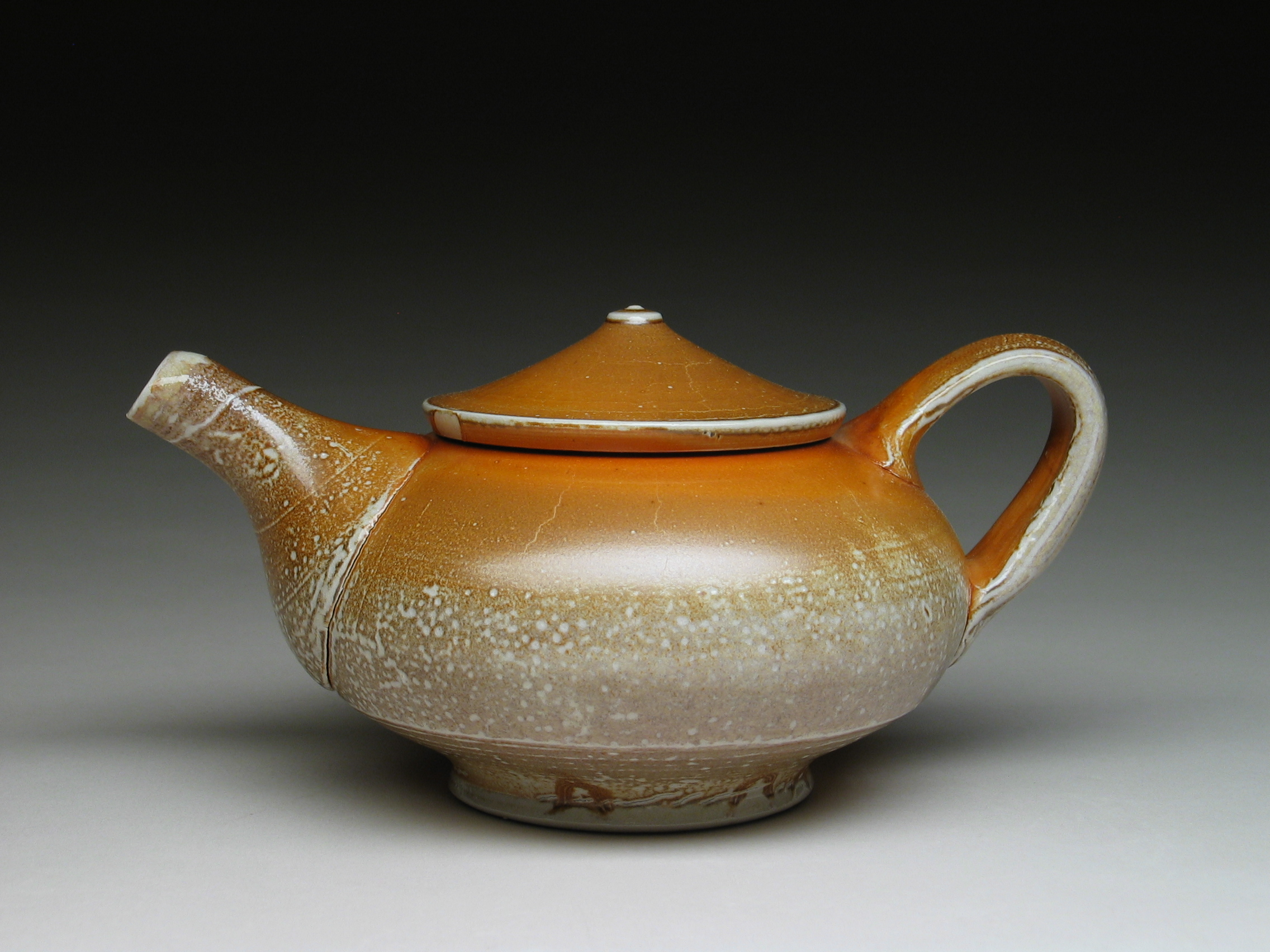 teapot_red with blush_a.JPG