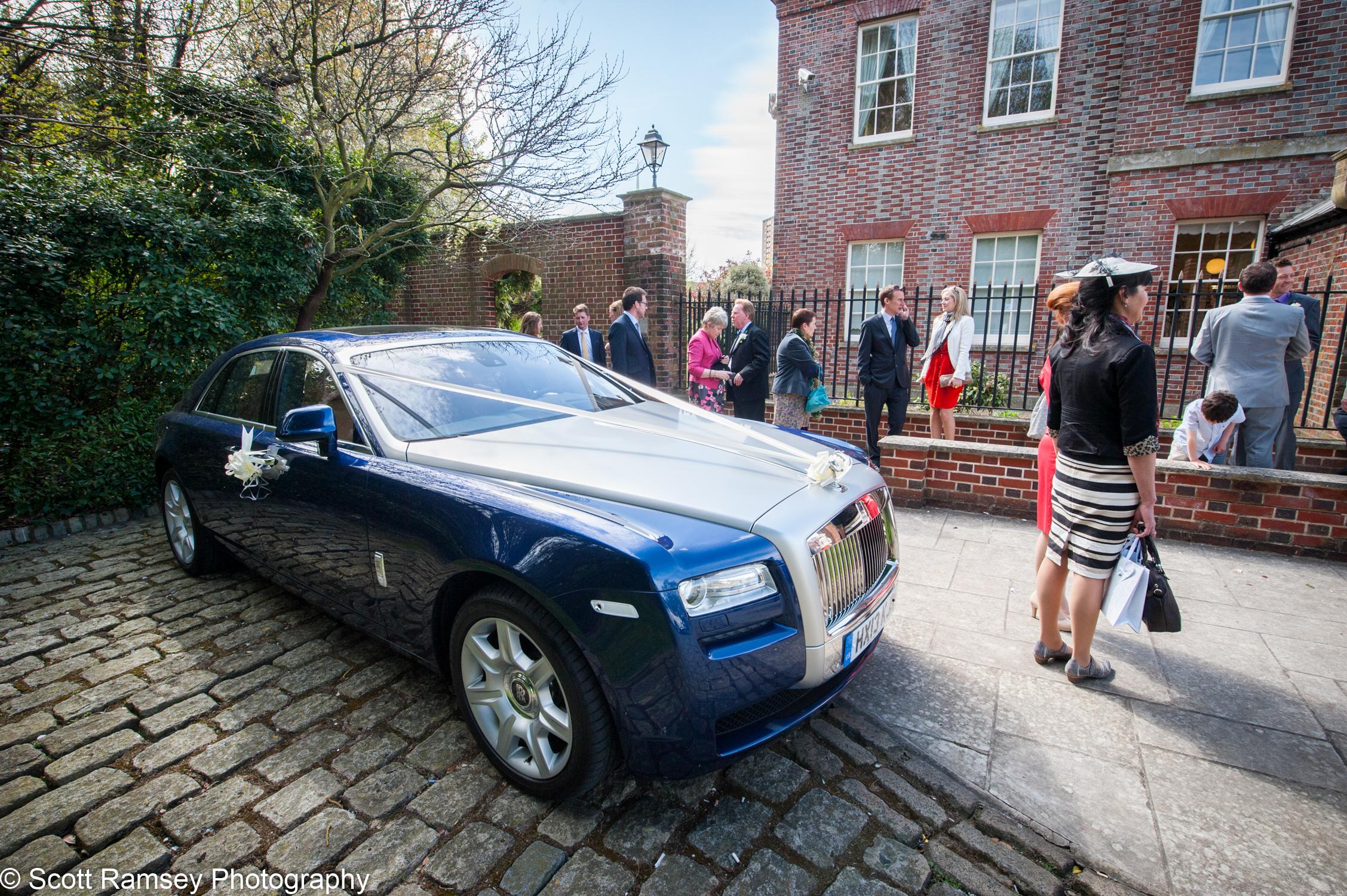 Portsmouth Registry Office Wedding Rolls Royce 040513-37