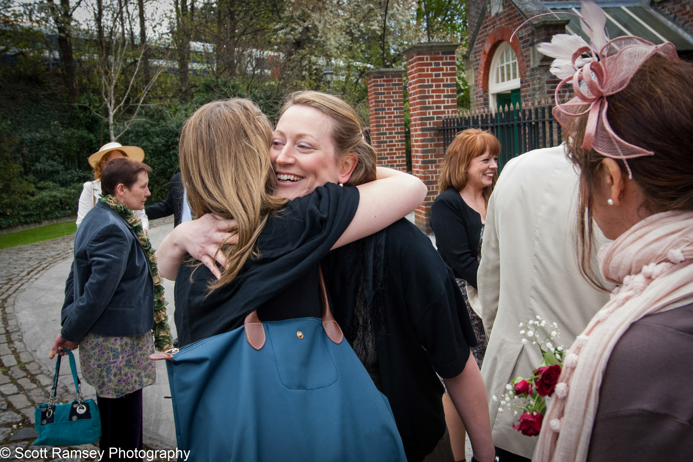 Portsmouth Registry Office Wedding Guests 040513-03