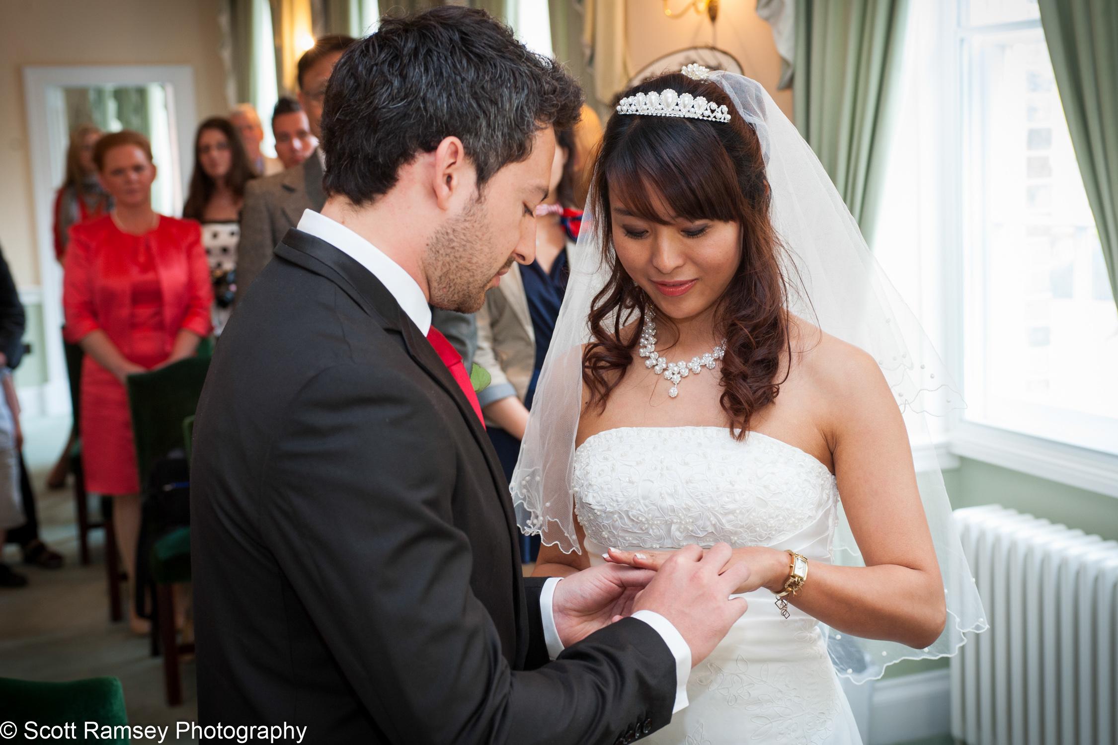 Portsmouth Registry Office Wedding Ring Bride  040513-15