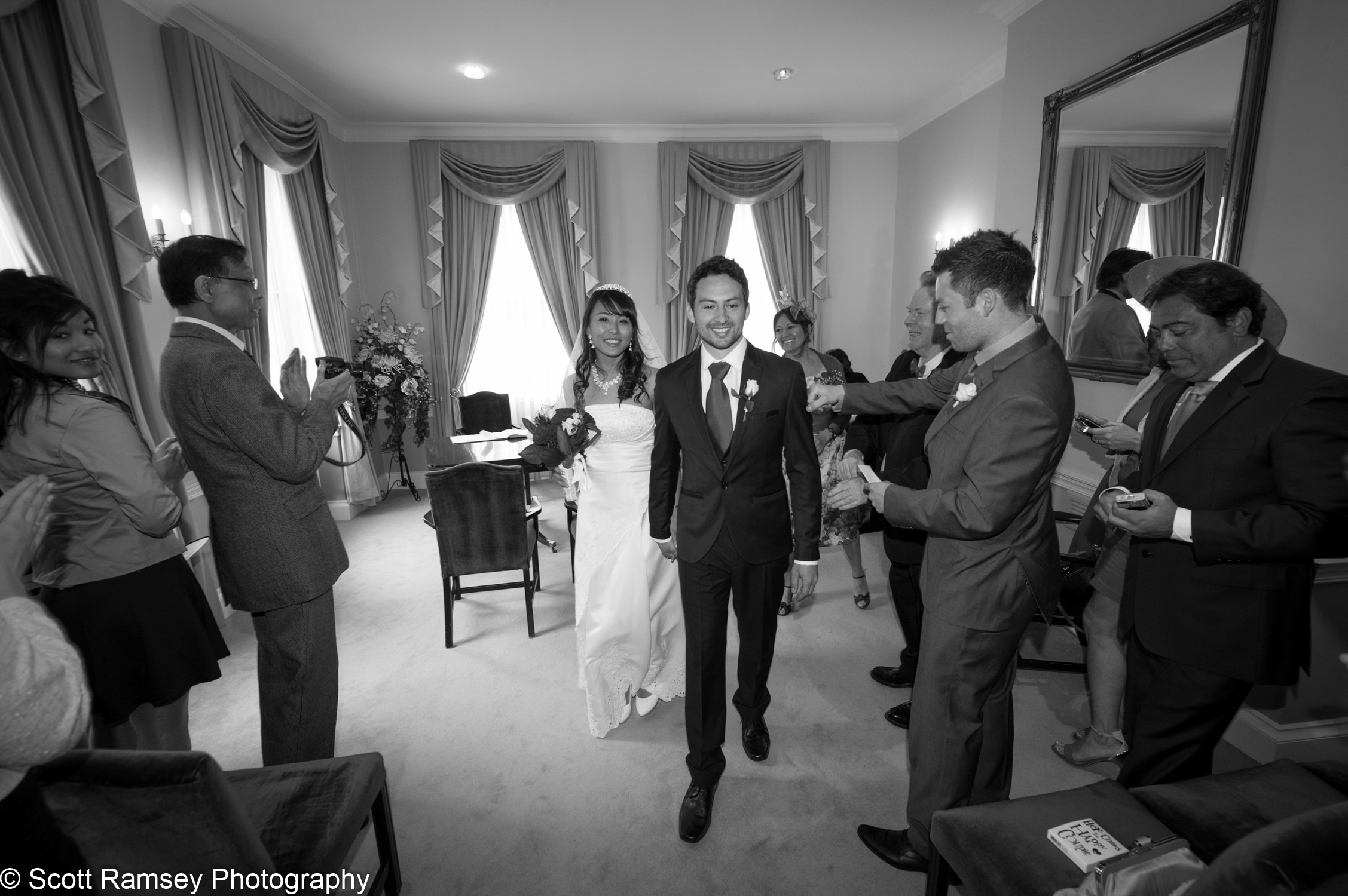 Portsmouth Registry Office Wedding Couple Married 040513-22