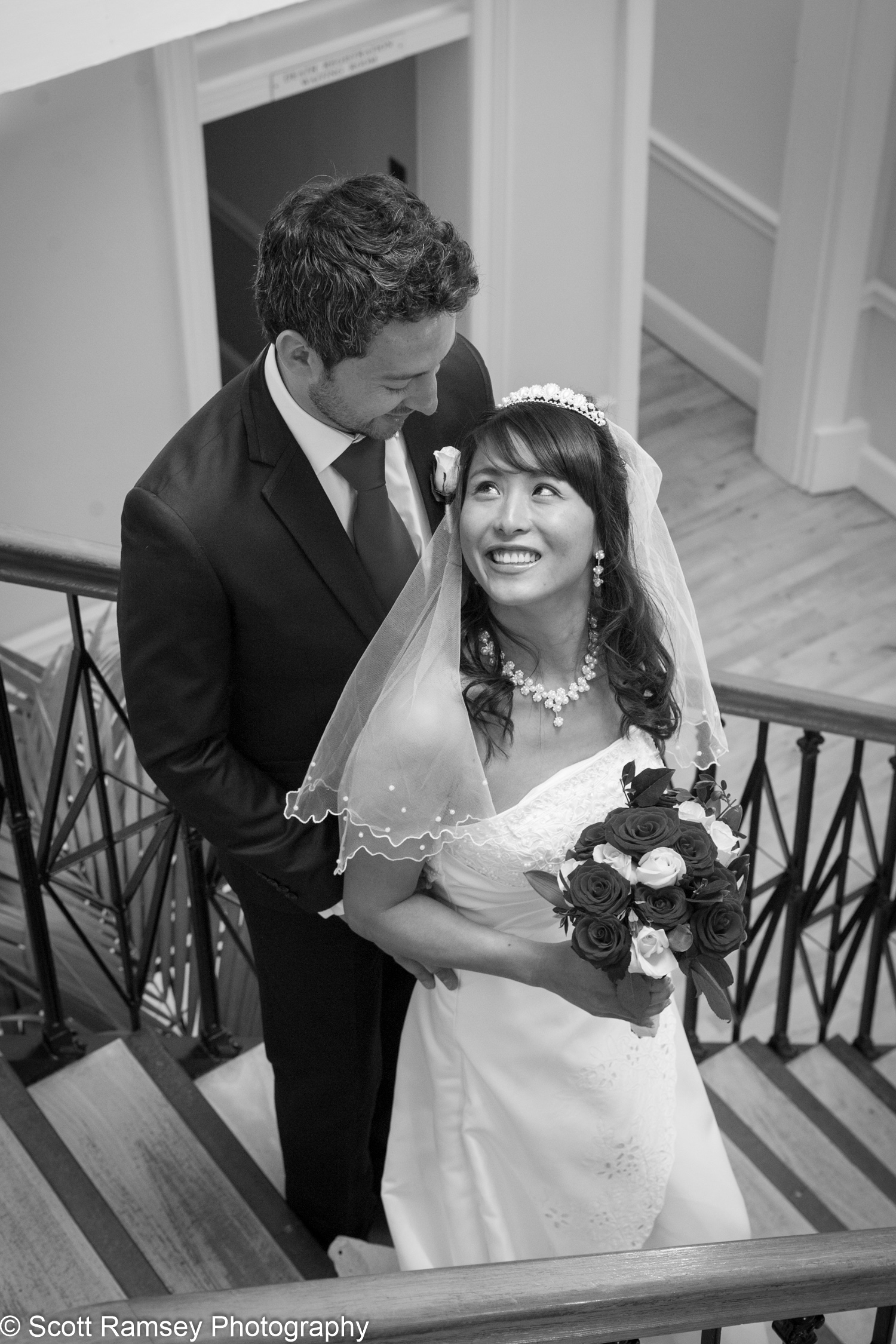 Portsmouth Registry Office Wedding Couple On Stairs 040513-23