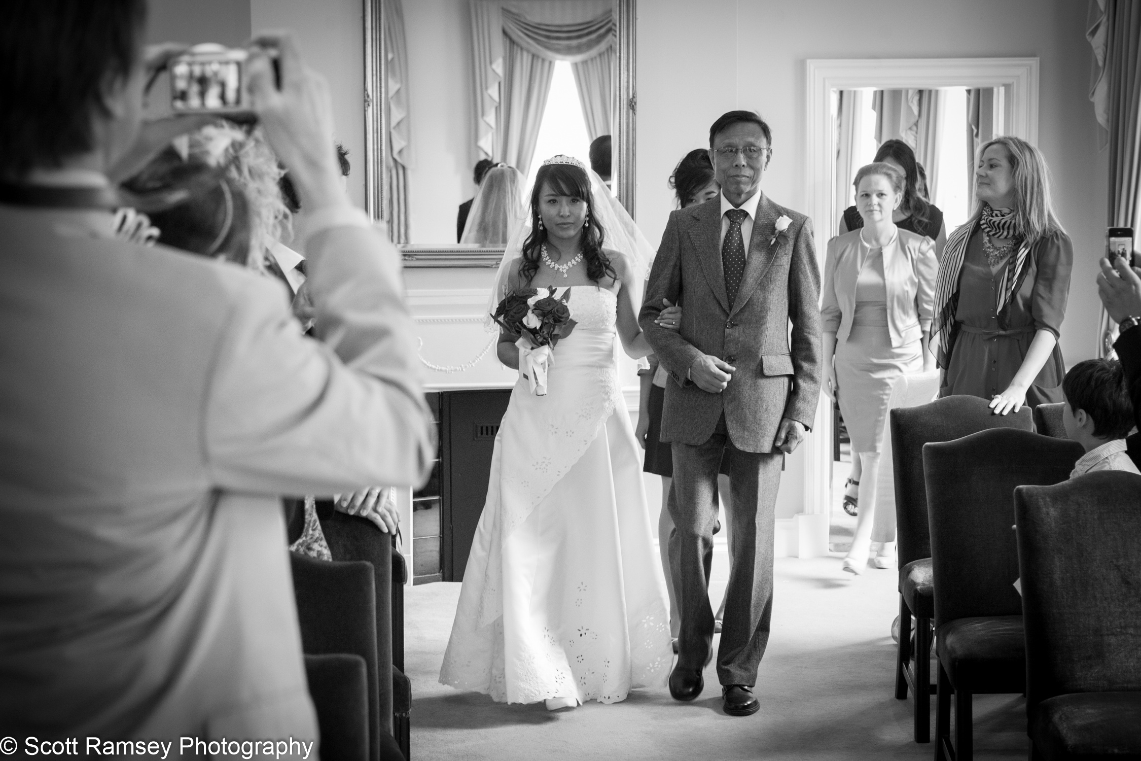 Portsmouth Registry Office Wedding Dad 040513-08