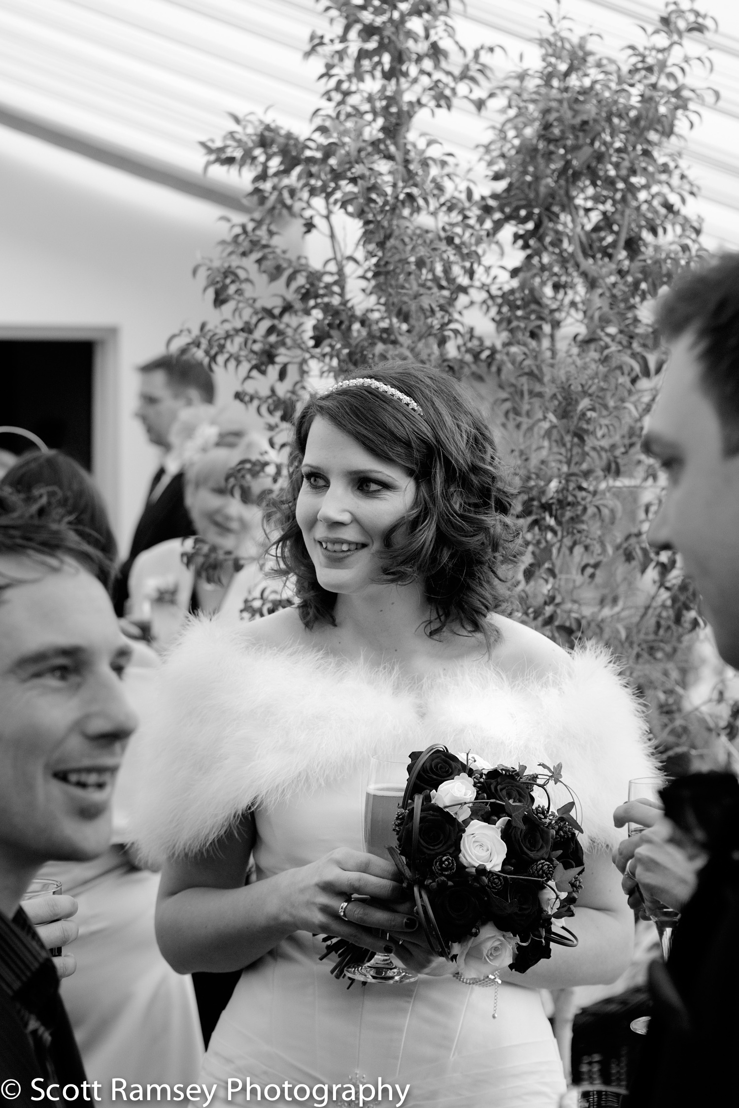 Winter-Wedding-Spread-Eagle-Hotel-Midhurst-Beautiful-Bride-03121