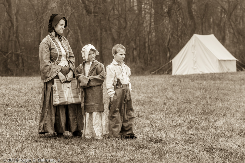 A Southern family, looking for their soldier