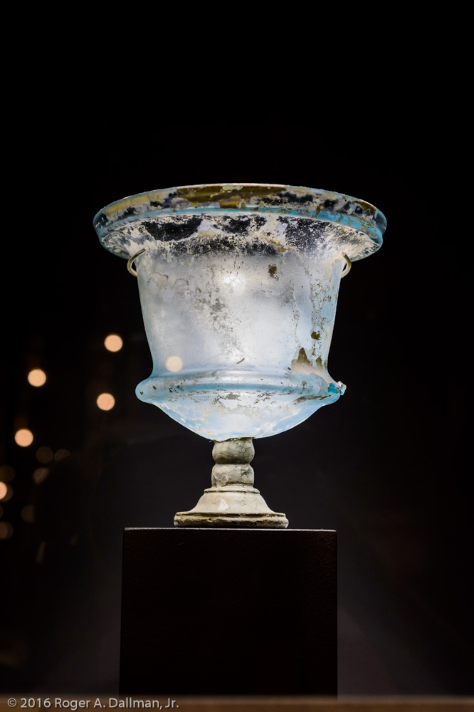 A vase from the Pompeii exhibit