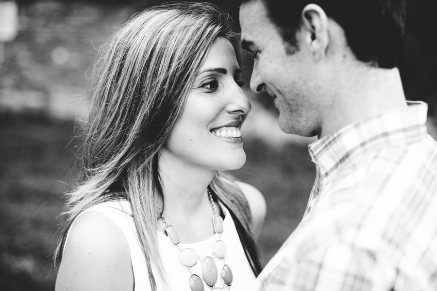 milwaukee_engagement_session_mj-25.jpg
