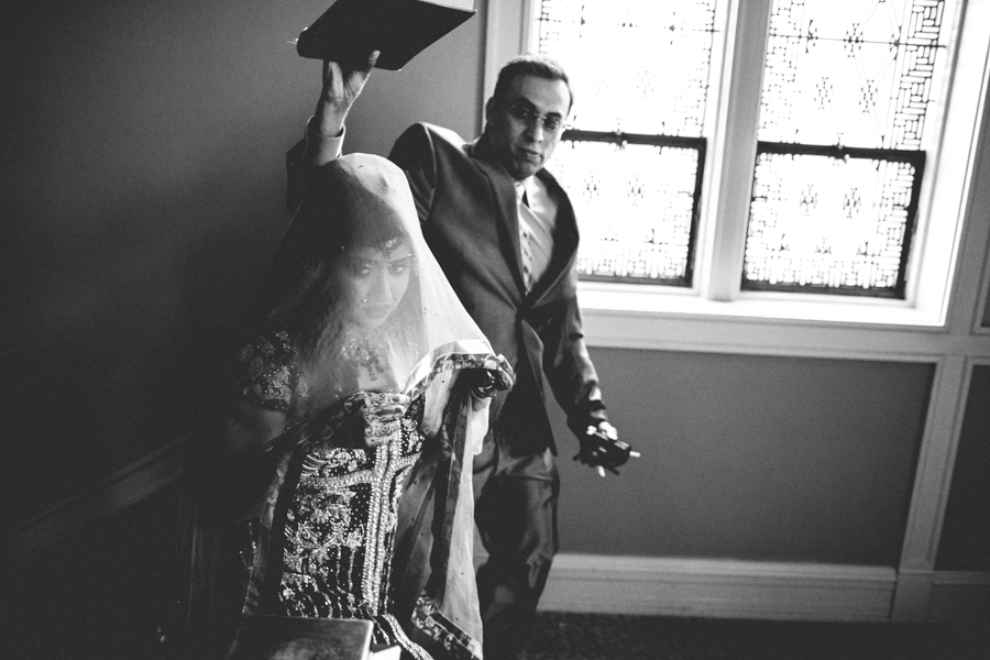 milwaukee-documentary-wedding-photography_zn-32.jpg