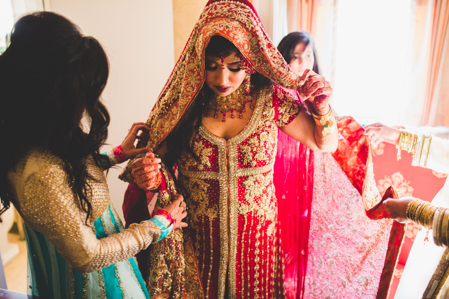 milwaukee-documentary-wedding-photography_zn-37.jpg
