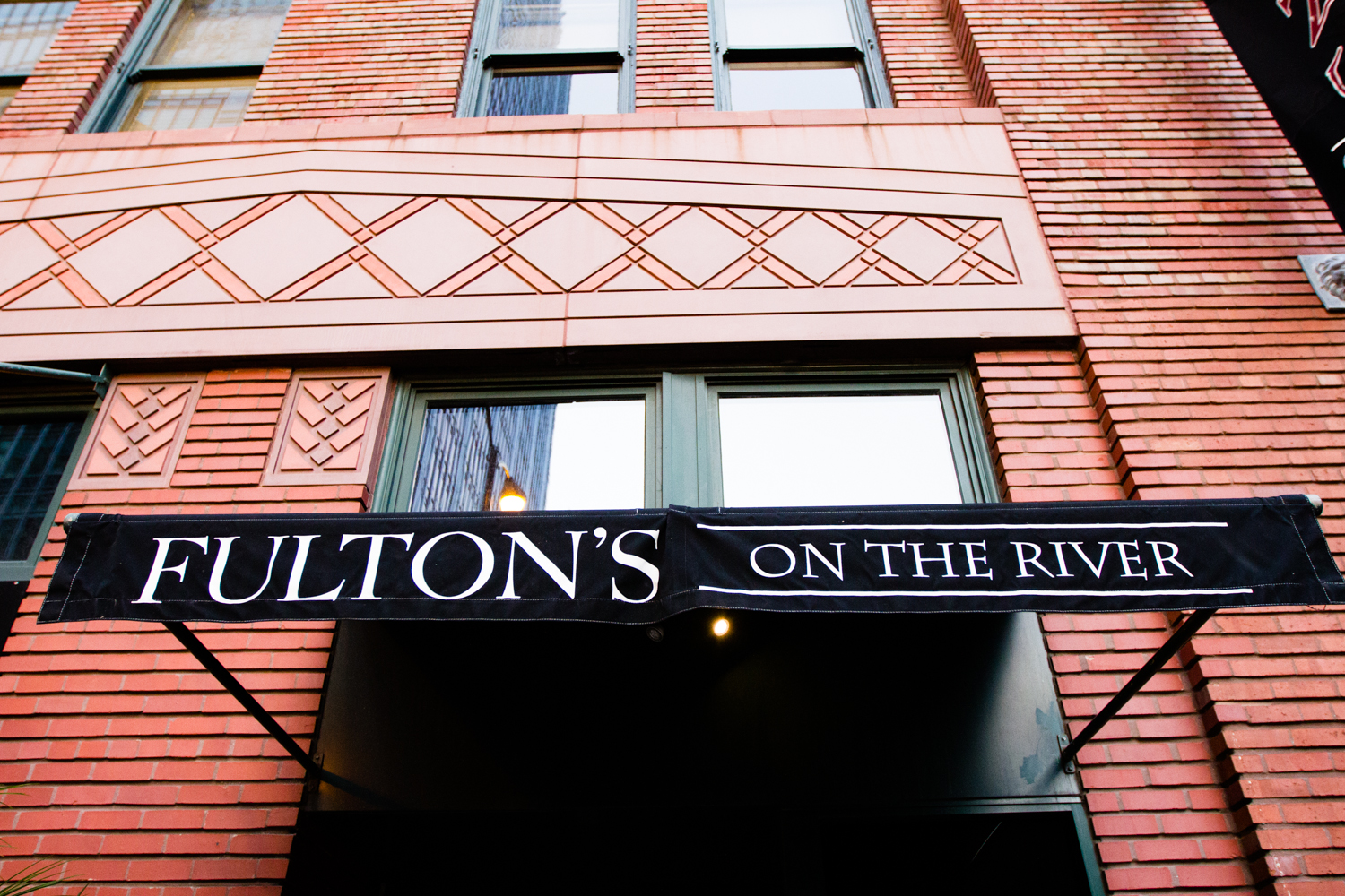 fultons_on_the_river_wedding_chicago_photographer-085.jpg