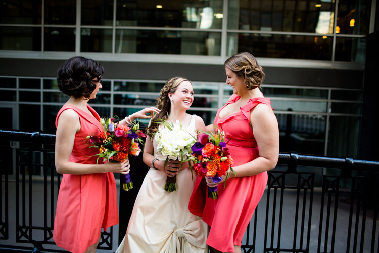 chicago_wedding_photography_at_gruen_gallery-034.jpg