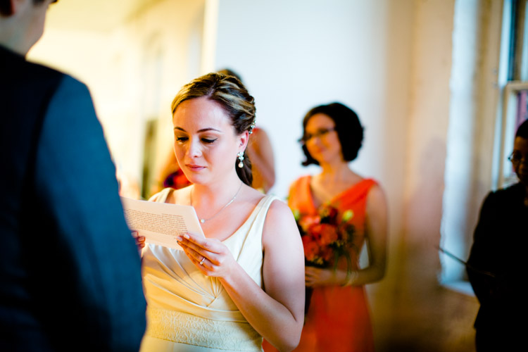 chicago_wedding_photography_at_gruen_gallery-054.jpg