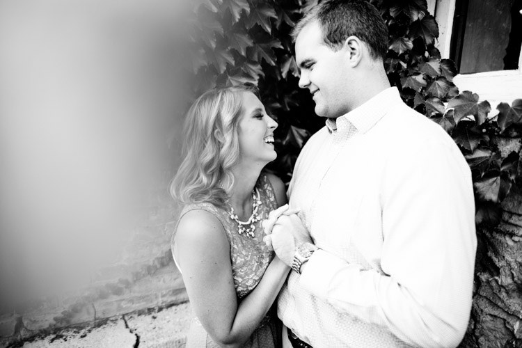 ozaukee_county_engagement_session_al-001.jpg