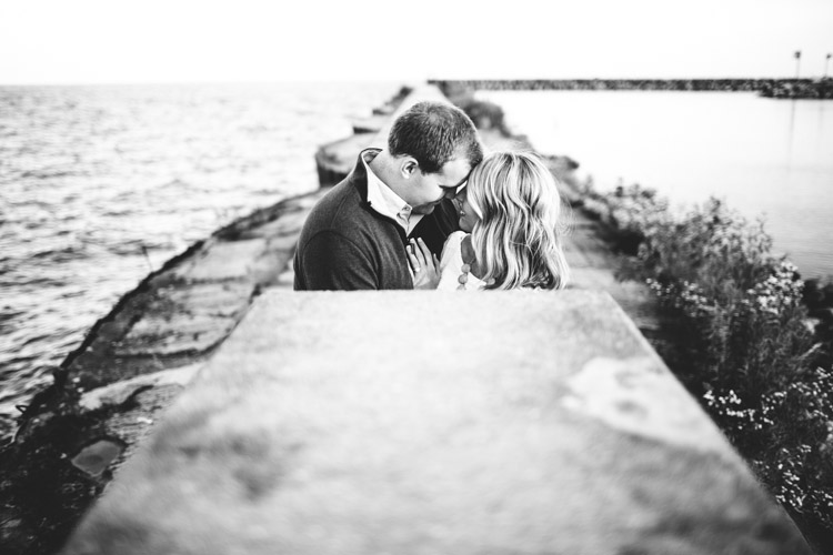 ozaukee_county_engagement_session_al-024.jpg