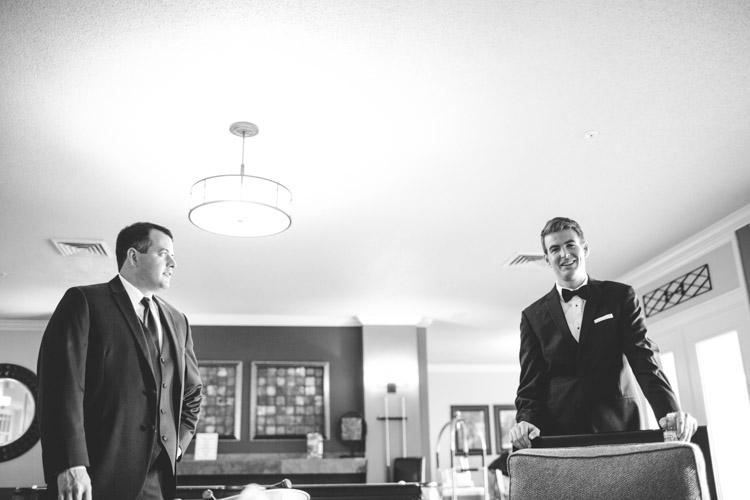 pier_wisconsin_wedding_john_megan-003.jpg
