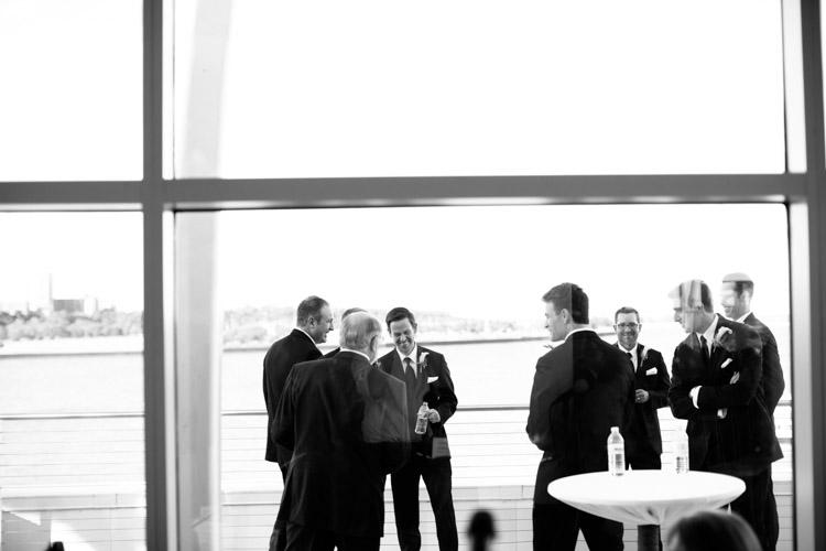 pier_wisconsin_wedding_john_megan-025.jpg