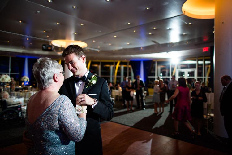pier_wisconsin_wedding_john_megan-077.jpg