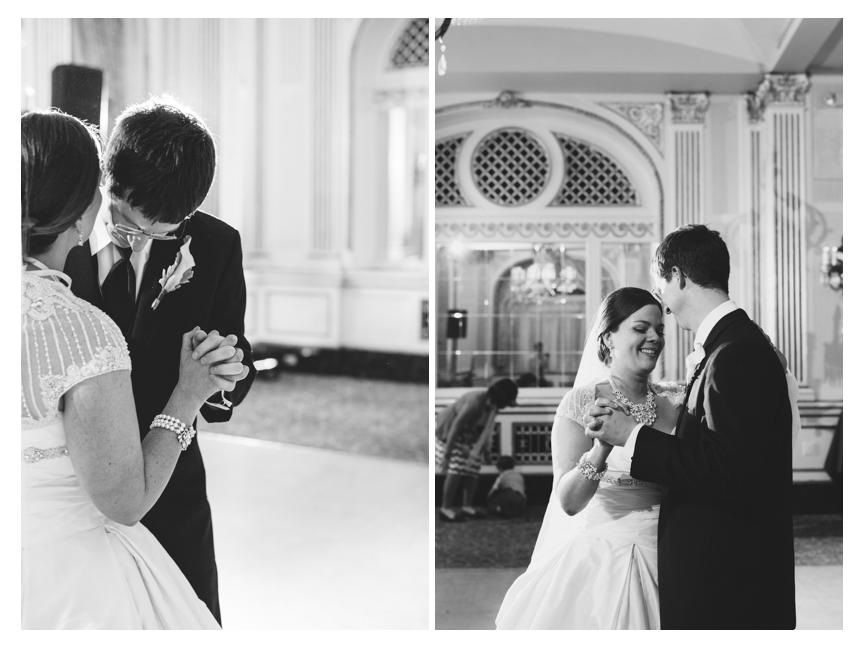 milwaukee-photographers-wedding-astor-hotel-10.jpg