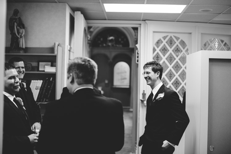 milwaukee-wedding-photographers-astor-hotel-nl-0005.jpg