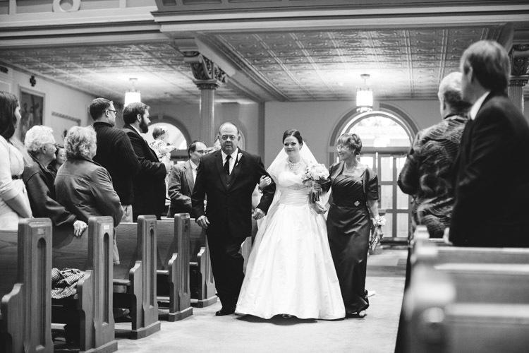 milwaukee-wedding-photographers-astor-hotel-nl-0017.jpg