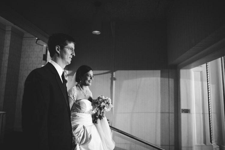 milwaukee-wedding-photographers-astor-hotel-nl-0104.jpg