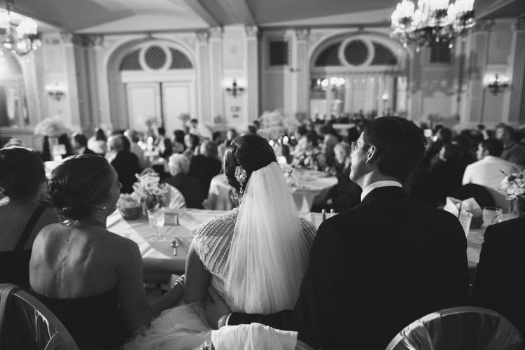 milwaukee-wedding-photographers-astor-hotel-nl-0107.jpg
