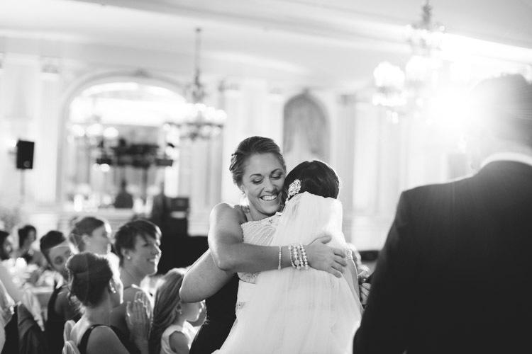 milwaukee-wedding-photographers-astor-hotel-nl-0112.jpg