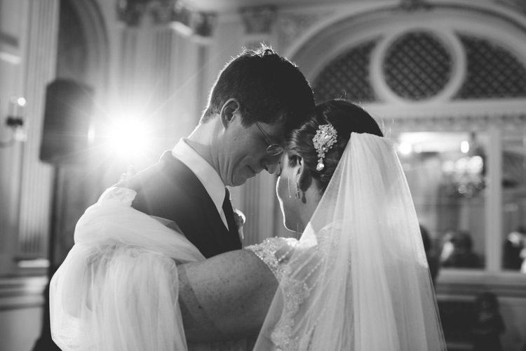 milwaukee-wedding-photographers-astor-hotel-nl-0116.jpg