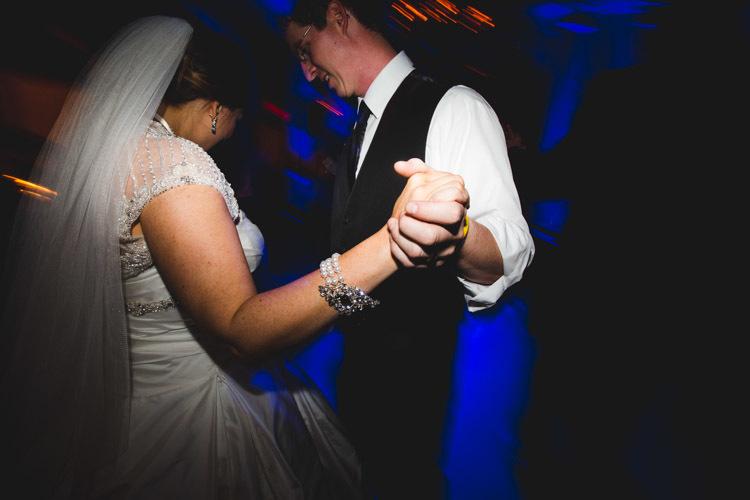 milwaukee-wedding-photographers-astor-hotel-nl-0128.jpg