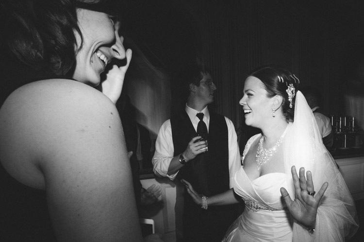 milwaukee-wedding-photographers-astor-hotel-nl-0132.jpg