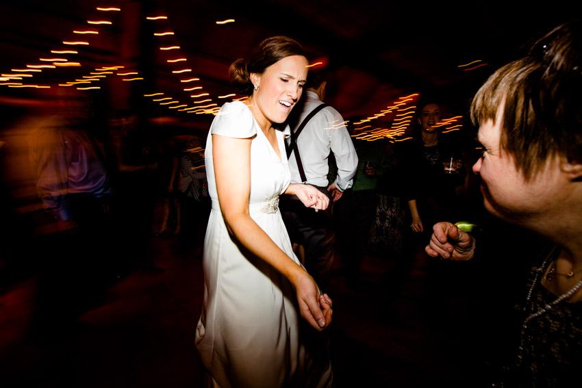 chicago-wedding-photography-skyline-loft-0111.jpg