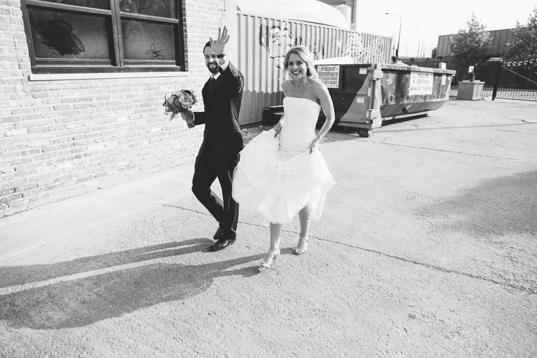 eg_chicago-wedding-photography-lacuna-artist-lofts-018.jpg