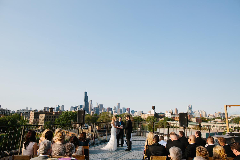 eg_chicago-wedding-photography-lacuna-artist-lofts-021.jpg