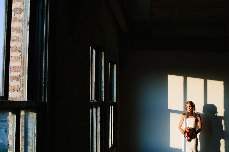 eg_chicago-wedding-photography-lacuna-artist-lofts-034.jpg