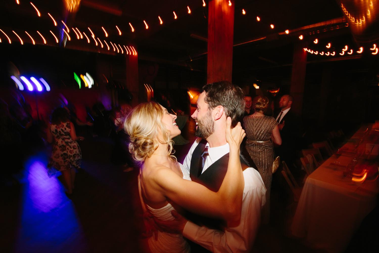 eg_chicago-wedding-photography-lacuna-artist-lofts-049.jpg
