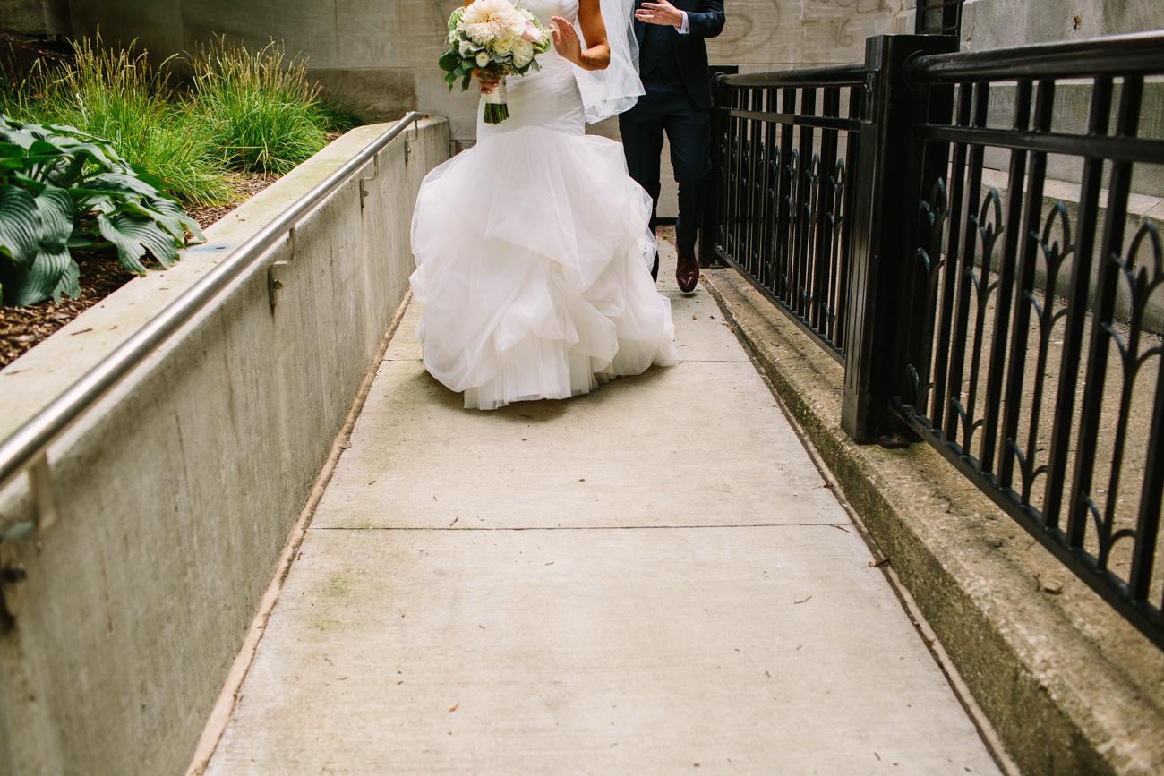 ali-tim-ravenwoods-event-center-wedding-chicago-30.jpg