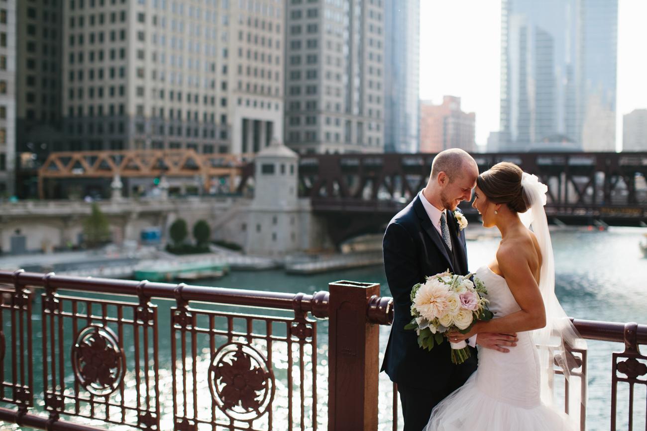ali-tim-ravenwoods-event-center-wedding-chicago-37.jpg