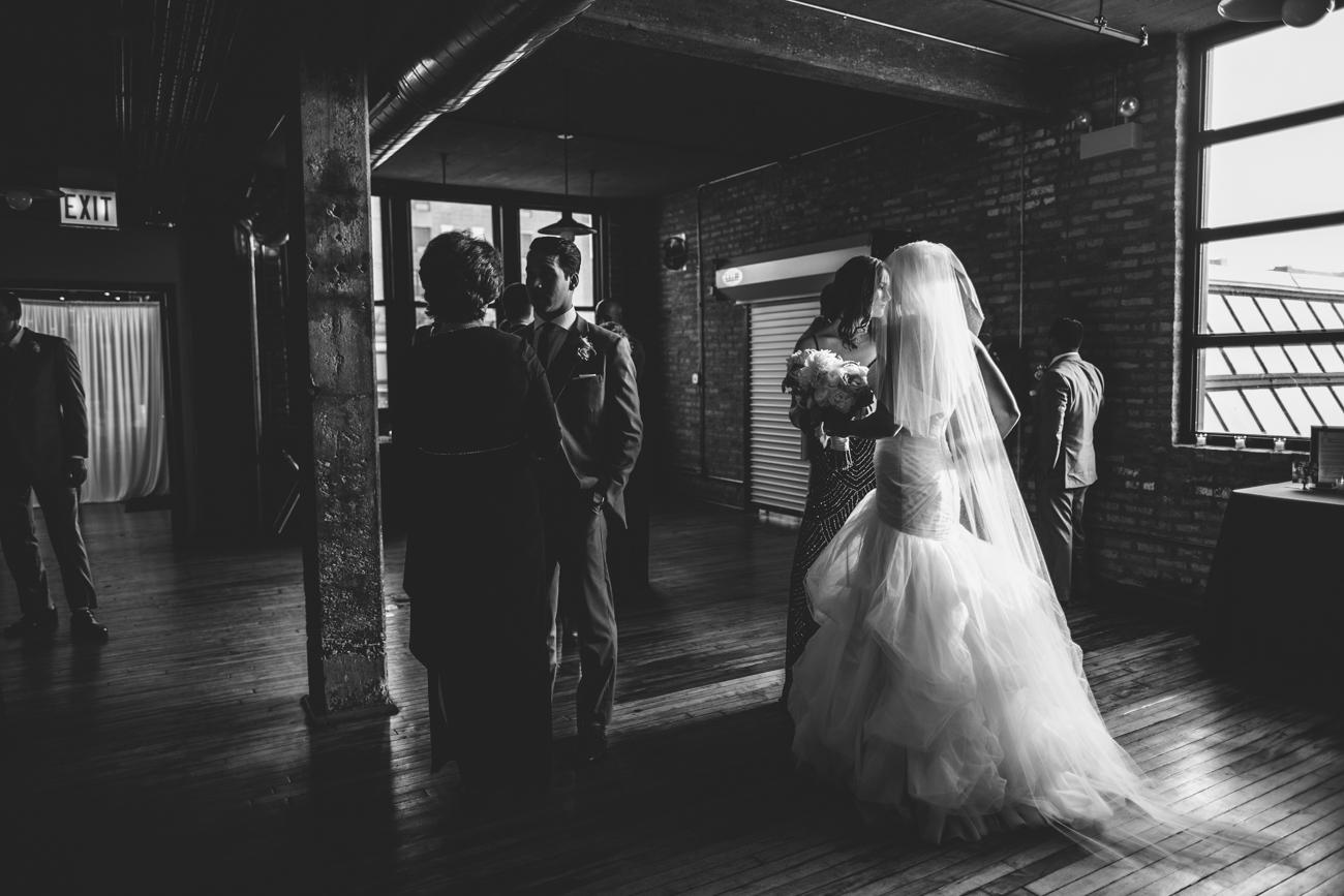 ali-tim-ravenwoods-event-center-wedding-chicago-44.jpg