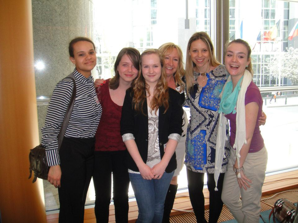 The g4g Team with Thea and Caitlin, the winners of the Cisco App Challenge and our very own 3 times greenlight girls!
