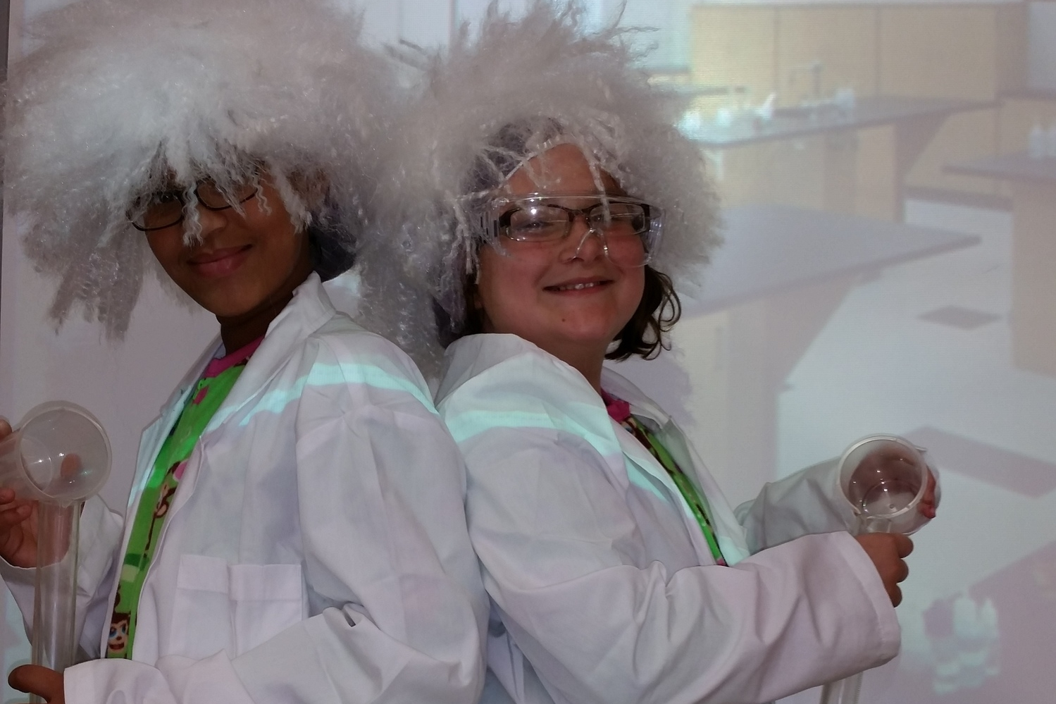 """g4g Day@New York 2014 – Launch with """"Trick-or-treat for Science""""!- More crazy scientists!"""