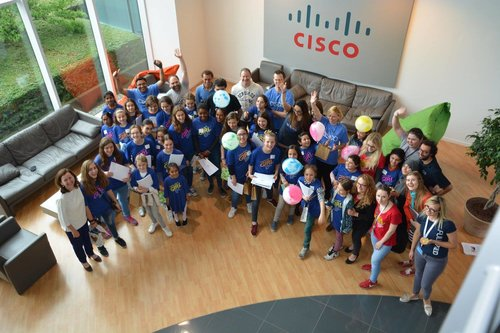 g4g@work in Brussel - Mar. 2018    Once again, we teamed up with Cisco for a g4g@work day, linked to International Womens Day where Cisco professionals and Women of Impact guided the girls with hands-on learning, training, and mentoring.