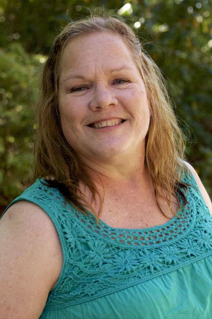 Teri Wood, MA, LMHC   ∙ Toddlers, Children, Adolescents and Families, ages 1 and up. ∙ Parenting ∙ Family Conflict ∙ Play Therapy ∙ Animal Assisted Therapy