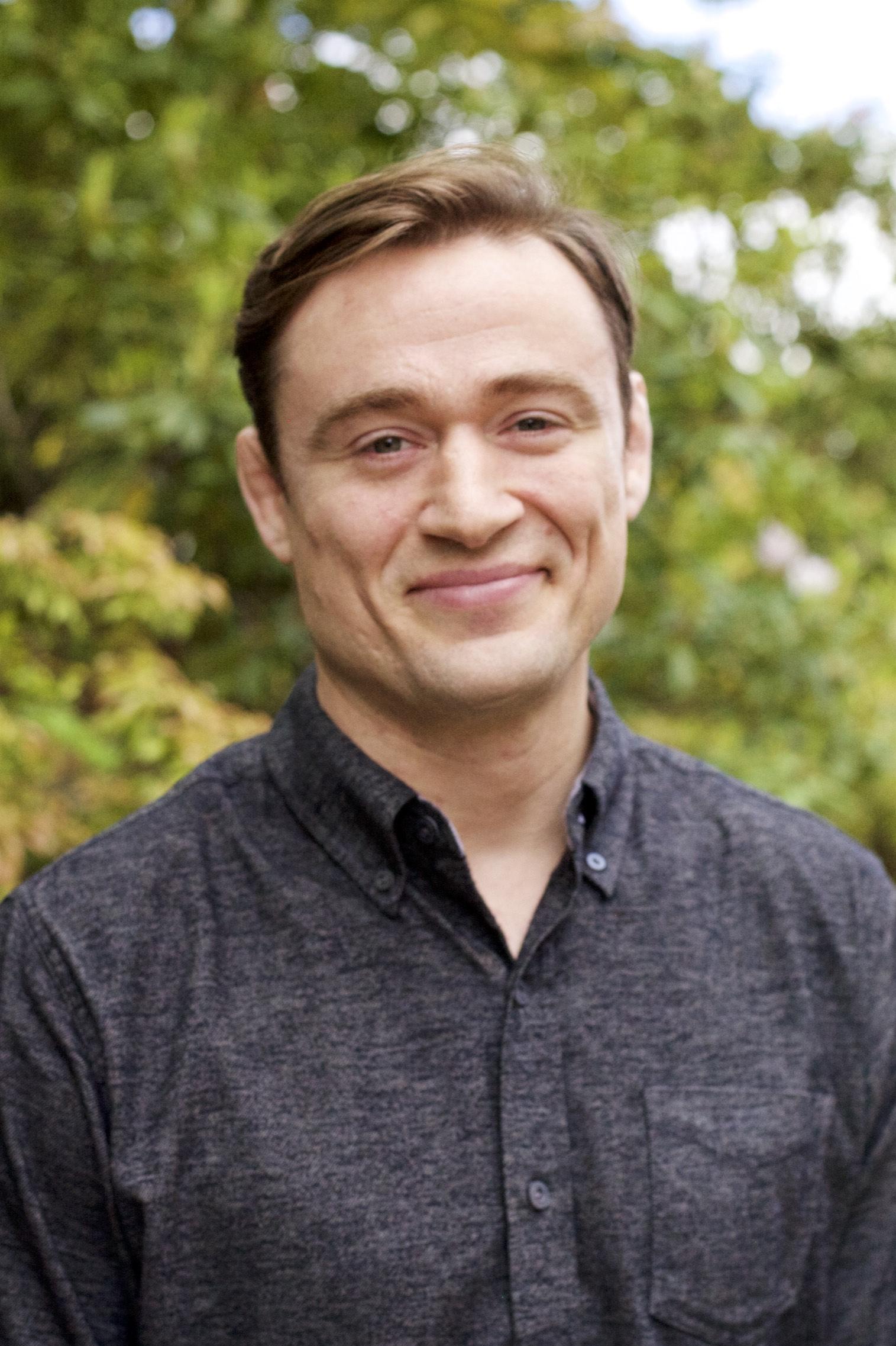 Derek Crain, MSW, LICSW,Executive Director & Co-Founder