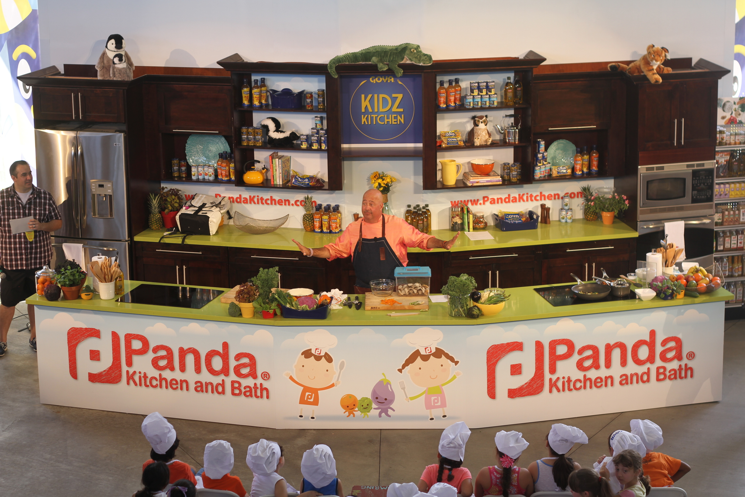 Andrew Zimmern at Fun & Fit as a Family