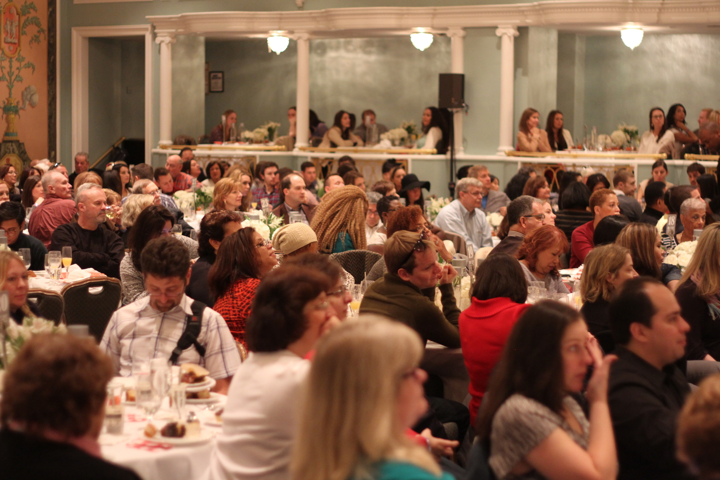 An intimate crowd for the Trisha Yearwood performance at the #NYCWFF Down Home Country Brunch.