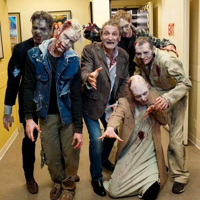 With Exec. Producer Michael Gelman (Kelly & Michael Walking Dead Promo)