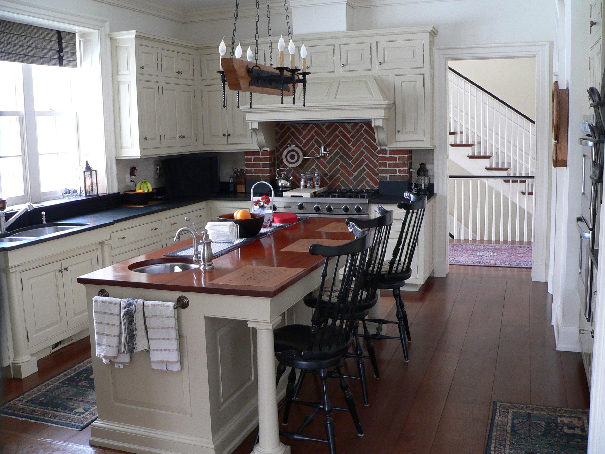 17 Schreiner Kitchen.JPG