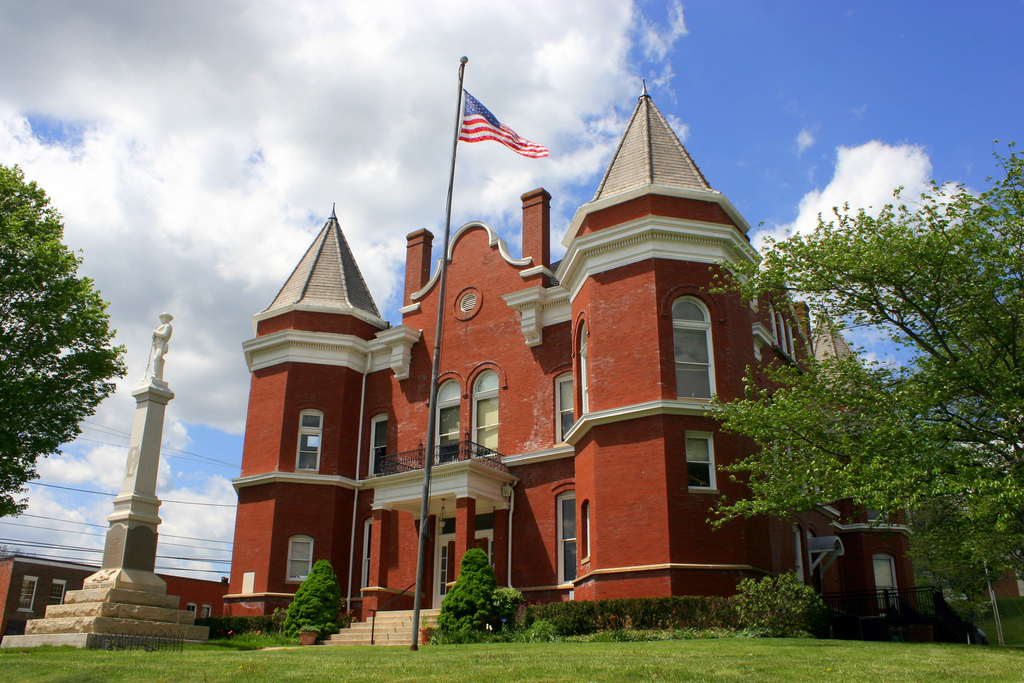 1908 courthouse.jpg