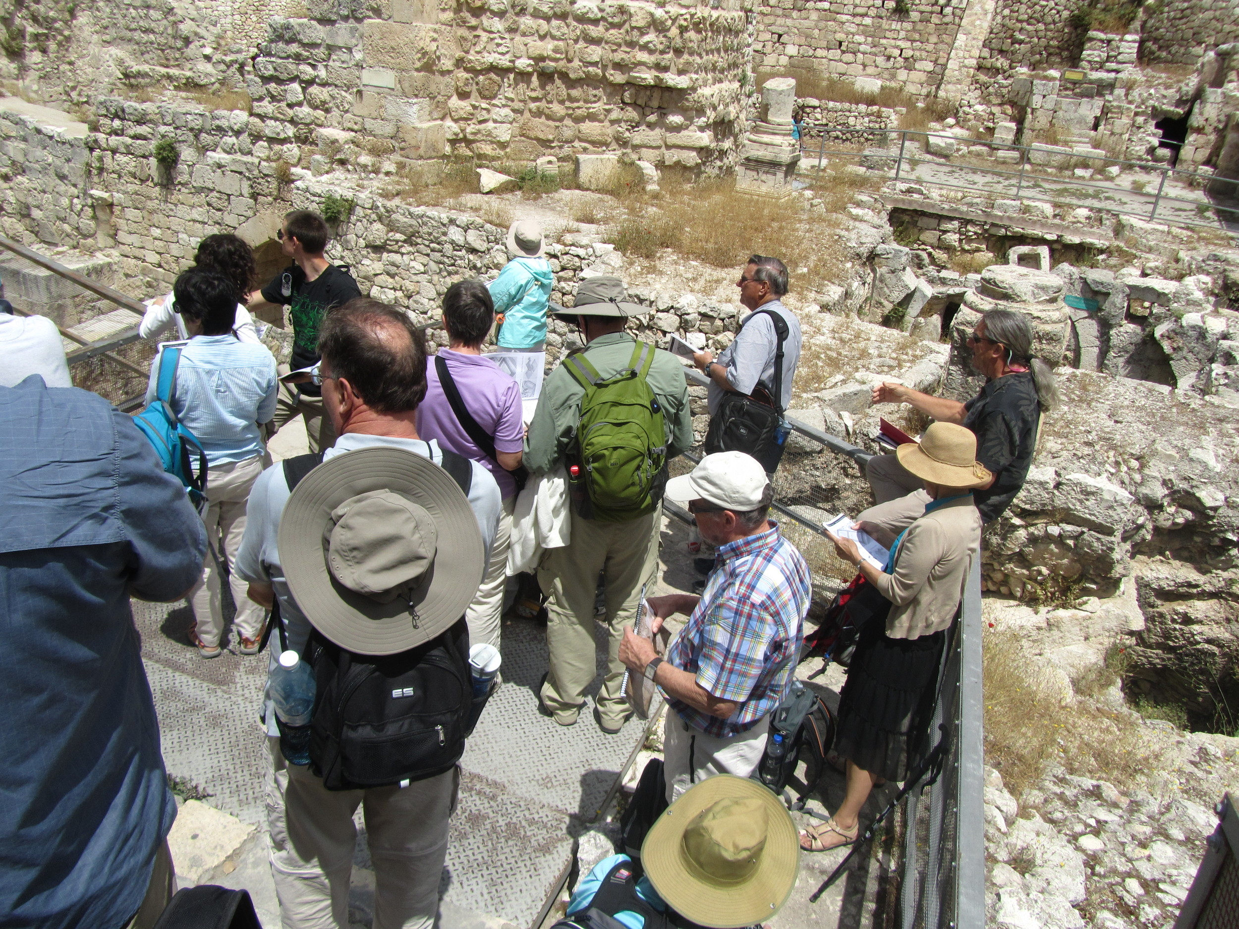 Art Barrett explains the ruins of Bethesda to our group